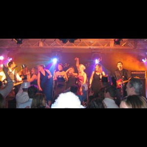 Corunna Cover Band | Velvet Jones