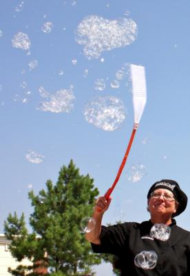 Dazzling Events Presents The Texas Bubblelady | Flower Mound, TX | Clown | Photo #7
