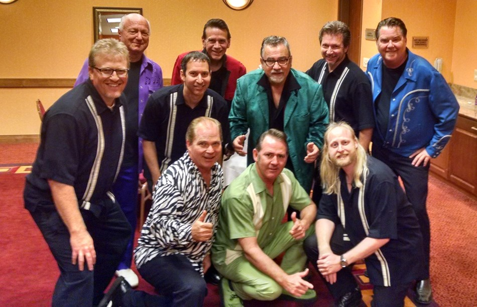 4 Ever Young backstage w/ Sha Na Na