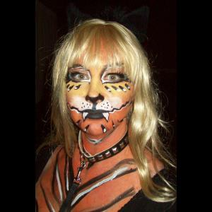 Santa Barbara Face Painter | About Face Painting Henna Glitter & Balloon Art