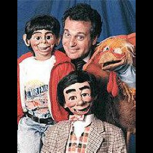 Seaside Ventriloquist | Joe Gandelman