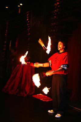 Keith Leaf - Amazing Fire Juggler | East Hampton, NY | Juggler | Photo #11
