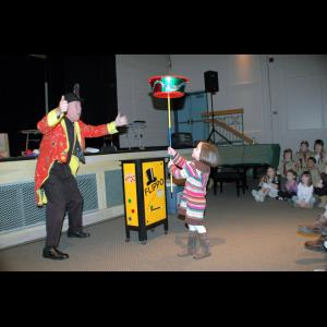 Millers Falls Magician | Flippo The Juggling Magician / Clown