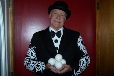 Flippo The Juggling Magician / Clown | West Boylston, MA | Clown | Photo #2