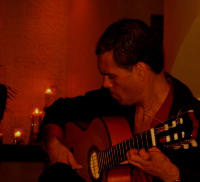 Leo Lopez | Orlando, FL | Flamenco Guitar | Photo #4