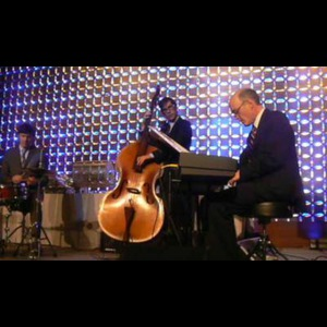 Morrisonville Jazz Duo | The Harry Fix Trio or Quartet