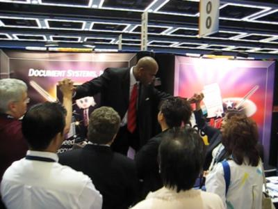 Corporate Mentalist & Trade Show Presenter Sukuma | Las Vegas, NV | Magician | Photo #4