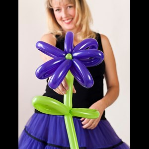 Valley Village Balloon Twister | Lady Balloon