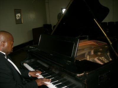 Ken Davis | Cincinnati, OH | Piano | Photo #18