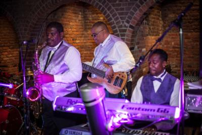 Le' Mixx | Hamden, CT | Motown Band | Photo #7