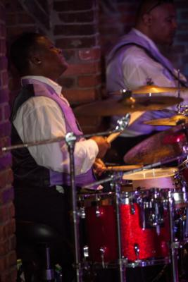 Le' Mixx | Hamden, CT | Motown Band | Photo #3