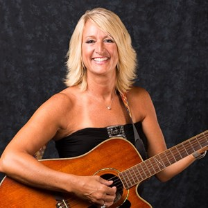 Palm Beach Gardens Country Singer | Elle