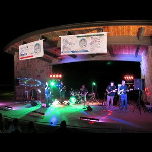 Stephenville Cover Band | Revolving Door