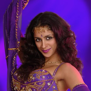 Santa Ana Middle Eastern Dancer | Meera- Belly Dancer & Bollywood Dancer