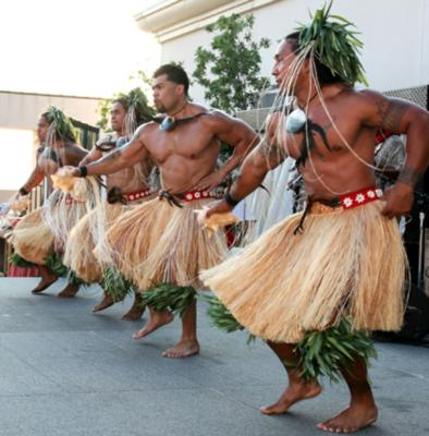 male hawaiian dancers