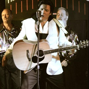 Belleville Elvis Impersonator | Richard Blane