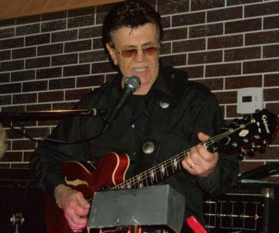 JIM SURDI -One Man Band  Guitar Singer ,Elvis | Pompano Beach, FL | Oldies One Man Band | Photo #9