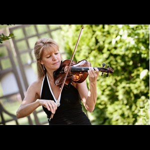 Linwood Violinist | Violin By Christine