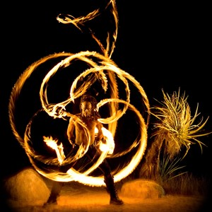 Los Angeles Fire Dancer | ZOR