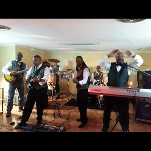 Long Beach Wedding Band | Cozy Corley & the Blue Gardenia Band