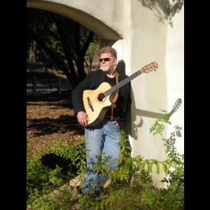 Riverbank Acoustic Guitarist | Les Farrington