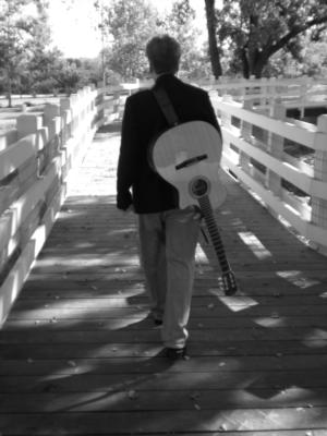 Les Farrington | Pleasanton, CA | Acoustic Guitar | Photo #2