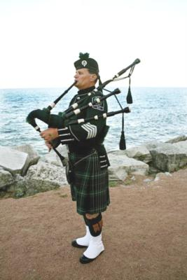 David Cormalleth | Chicago, IL | Bagpipes | Photo #2