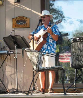 Wayne DeLoria | Fort Myers Beach, FL | One Man Band | Photo #4