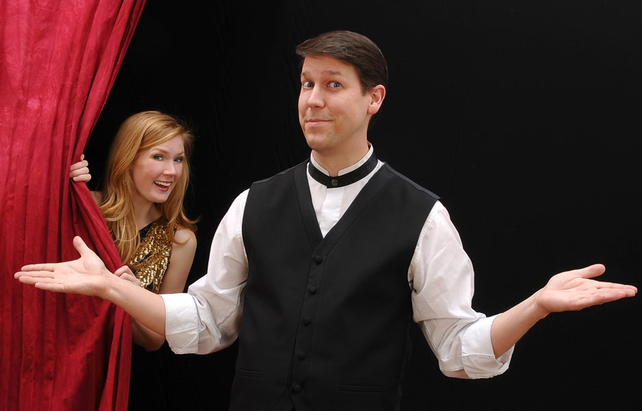 Corporate Comedian Magician... Mark Robinson - Clean Comedian - Stroud, OK