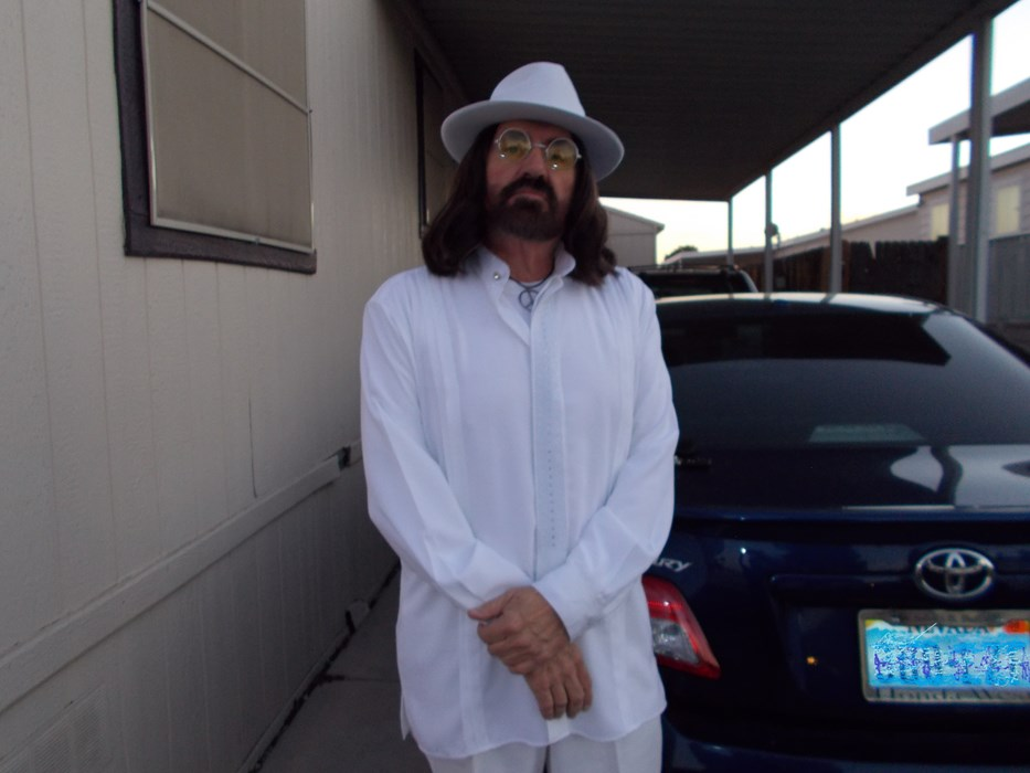 Donnie Fox as John Lennon 2015