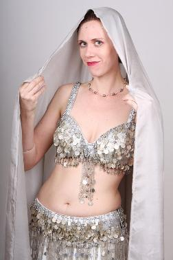 Reyveka | Hillsboro, OR | Belly Dancer | Photo #4