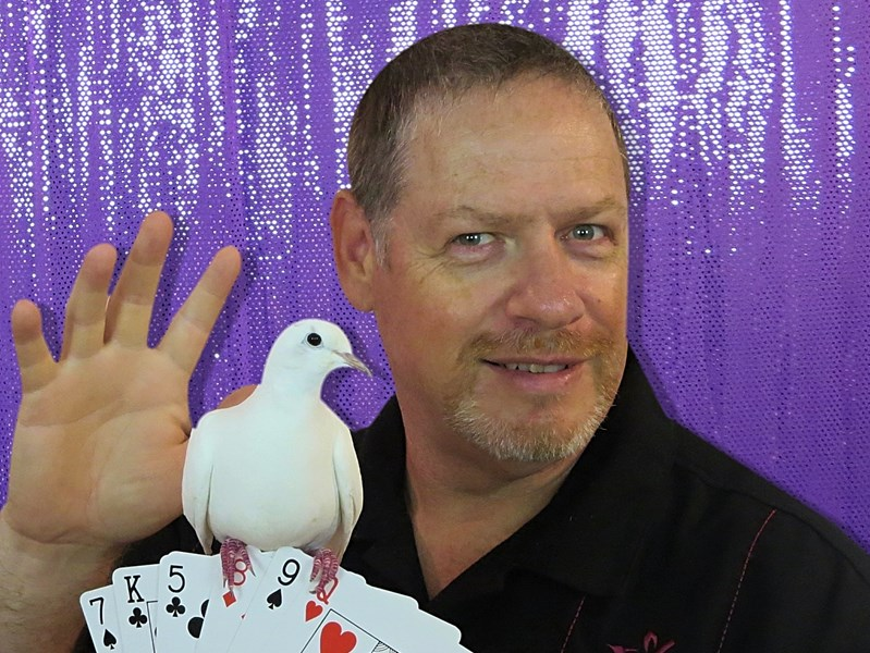 Cool Magic Show - Birthday & Christmas Magic Shows - Magician - Oshawa, ON
