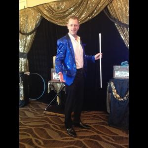 Plano Magician | Kane Magic Entertainment - Kendal Kane