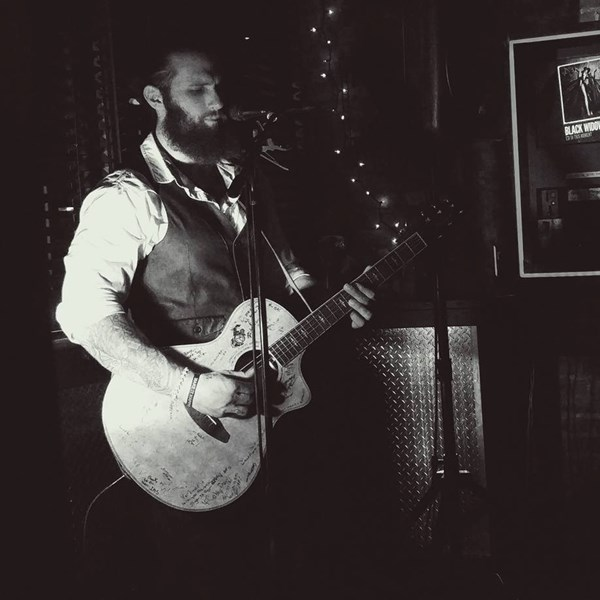 Brian Ripps - Acoustic Guitarist - New York, NY