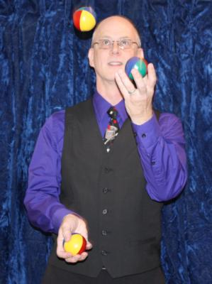 The Magic Of Ed Smoot | Somerset, NJ | Magician | Photo #2