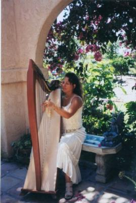 Devora Susman | San Diego, CA | Harp | Photo #2