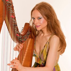 Bridgeport Harpist | Erin Hill