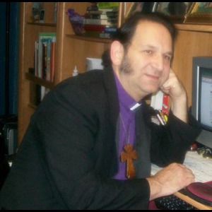 Rev. Johnny Erato (English, Spanish and bilingual) - Wedding Minister - East Meadow, NY