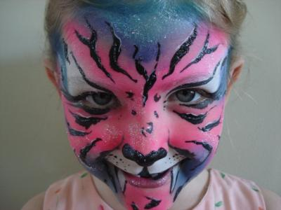 Giggles Faces N Glitter | Edmonton, AB | Face Painting | Photo #12