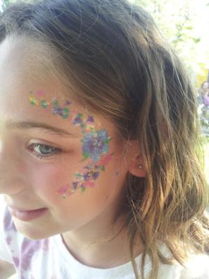 Giggles Faces N Glitter | Edmonton, AB | Face Painting | Photo #6