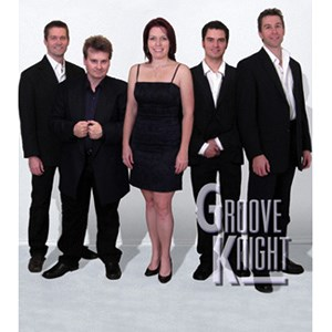 Moody 80s Band | Groove Knight
