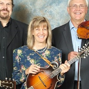 Rhodes Acoustic Band | Stringtown Trio