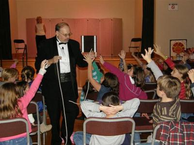 The  Spectaular Magic Of Robert Austin | Plainview, NY | Magician | Photo #7