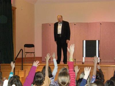 The  Spectaular Magic Of Robert Austin | Plainview, NY | Magician | Photo #10