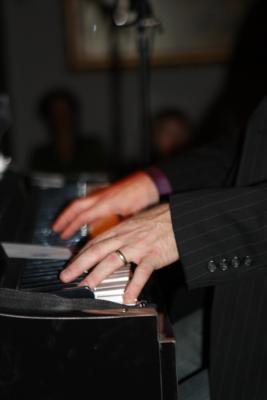 Ted Oliver Productions | Waukesha, WI | Dueling Pianos | Photo #7
