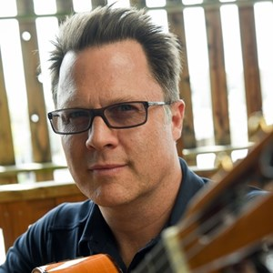 Chicago, IL Classical Guitarist | Neil Dixon Smith