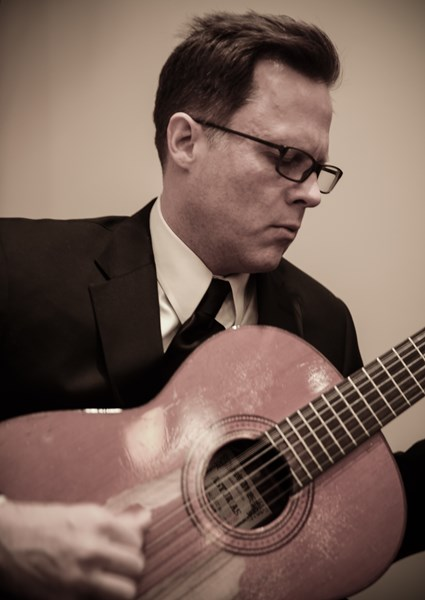 Neil Dixon Smith - Classical Guitarist - Chicago, IL