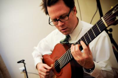 Neil Dixon Smith | Chicago, IL | Classical Guitar | Photo #4
