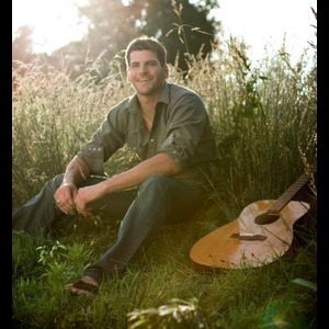 Lake Creek Acoustic Guitarist | Ben Smith