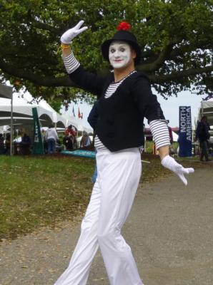 CHRIS YERLIG, GIGMASTERS' #1  MIME | Amherst, MA | Mime | Photo #10